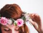 Do It Yourself sur le thème des fleurs : la couronne de fleurs fraiches à faire soi-même !