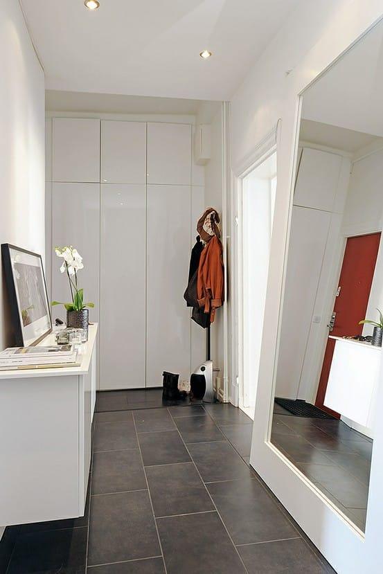 paint ideas for vaulted ceiling rooms - Aménagement entrée – entrée de maison – porte d'entrée