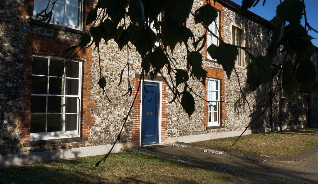 maison ancienne en pierre